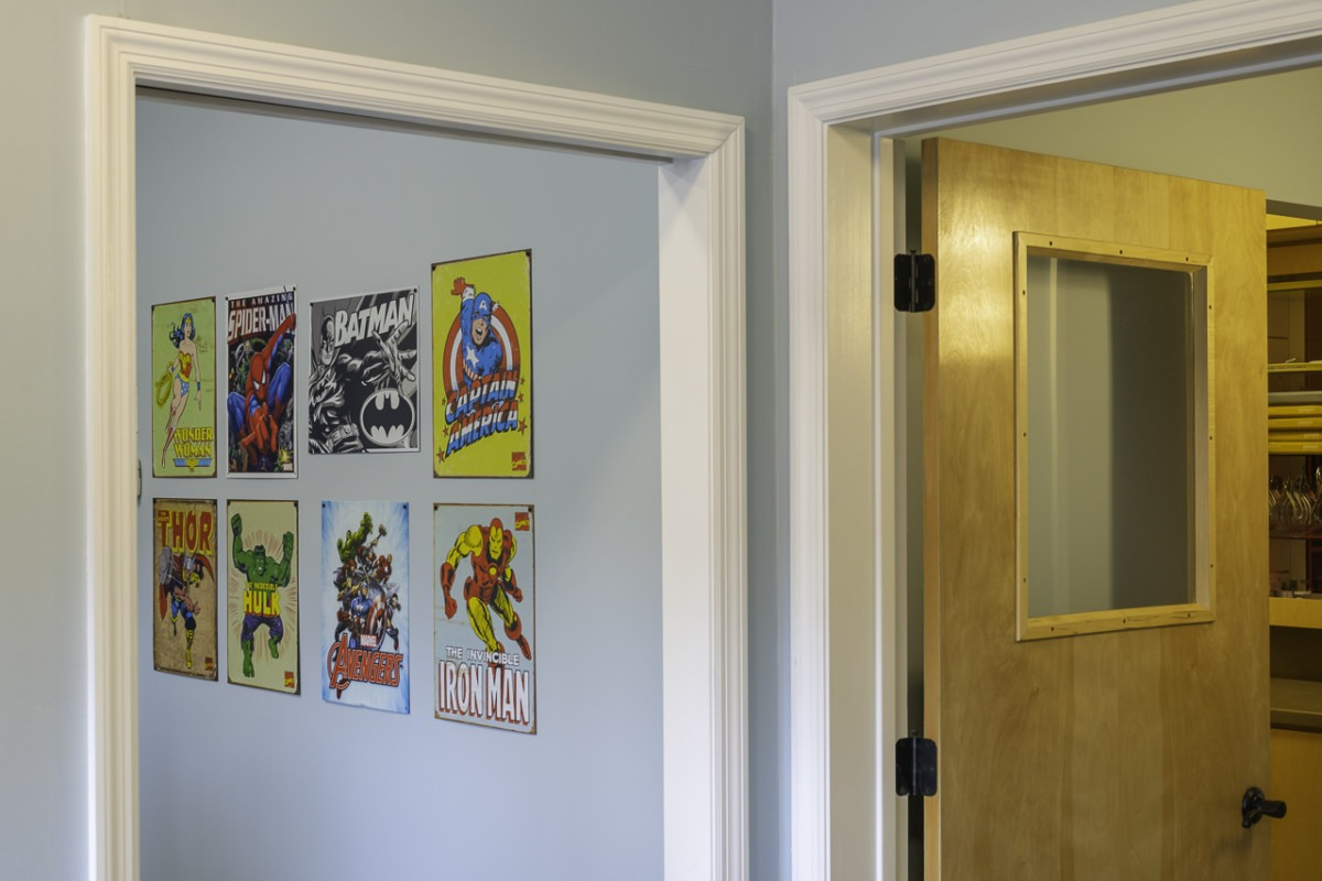 davalos and jones room comic books